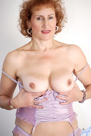 Best Mature Redhead Porn Pictures