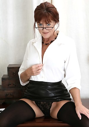Best Mature Leather Porn Pictures