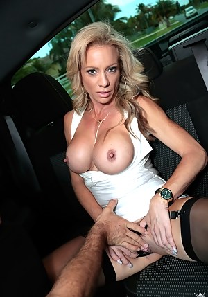 Best Mature Tits Porn Pictures