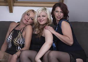 Best Mature Lesbian Orgy Porn Pictures