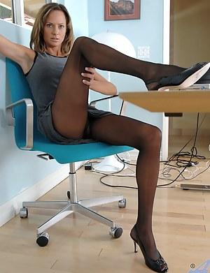 Best Mature High Heels Porn Pictures