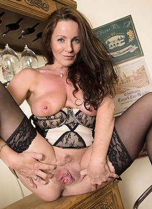 Best Mature Pussy Porn Pictures