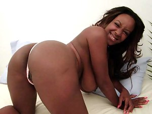 Best Black Mature Porn Pictures