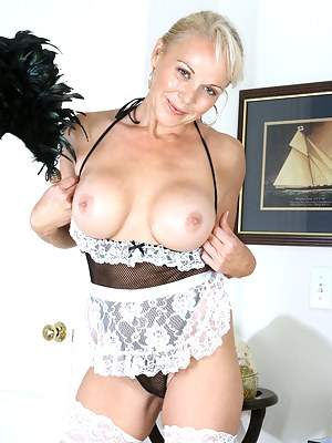 Best Mature Maid Porn Pictures